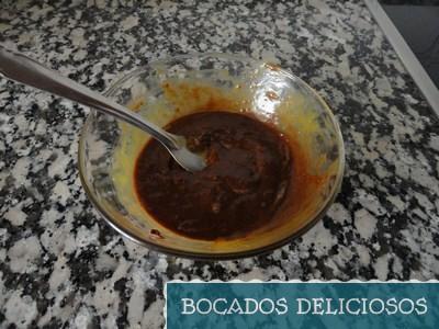 Yema y chocolate mezclado
