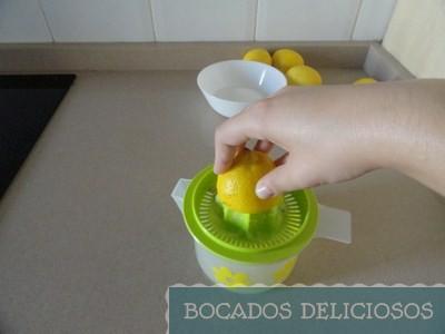 exprimimos zumo de limón