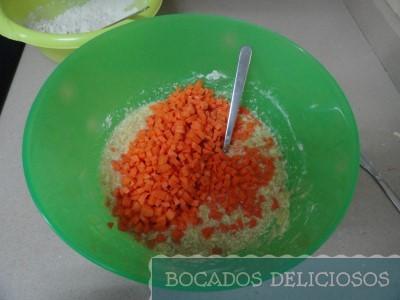 Añadimos zanahorias y nata