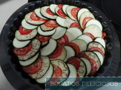 Colocamos en orden el calabacin, berenjena y tomate